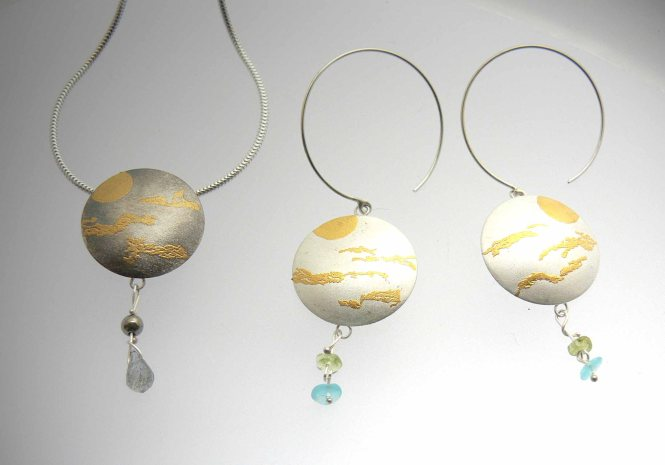 Karin Sheldon Nature Walk Golden Haze beads 72dpi jpg